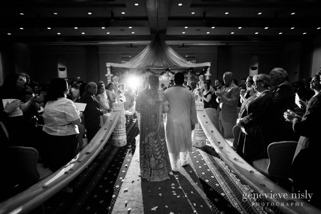 Copyright Genevieve Nisly Photography, Lacentre, Ohio, Summer, Wedding