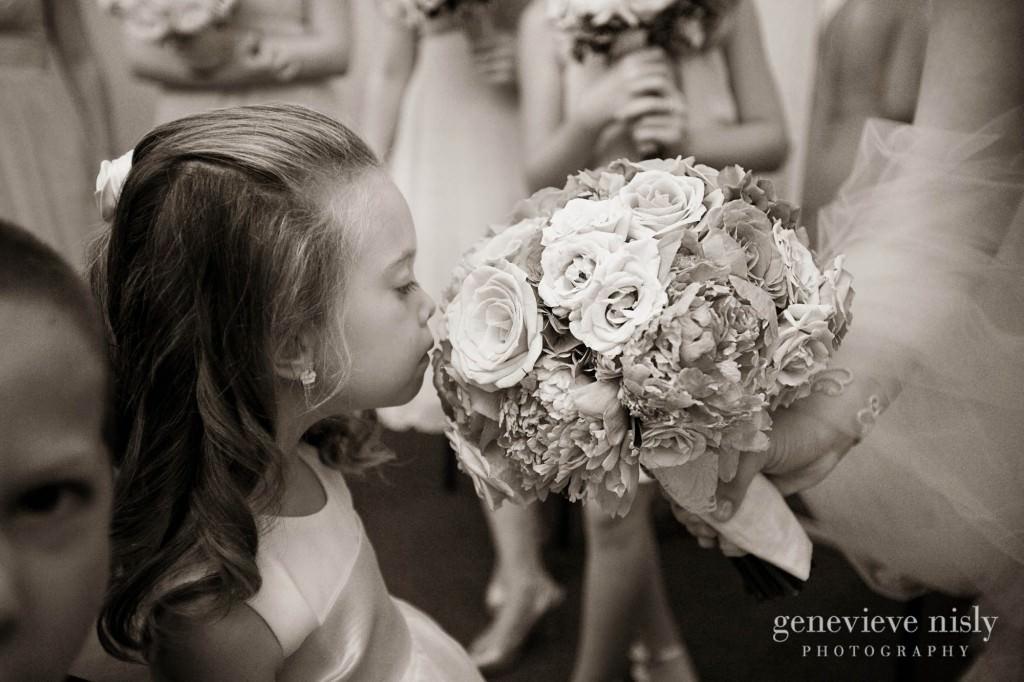 coleman-brianna-012-renaissance-hotel-cleveland-wedding-photographer-genevieve-nisly-photography