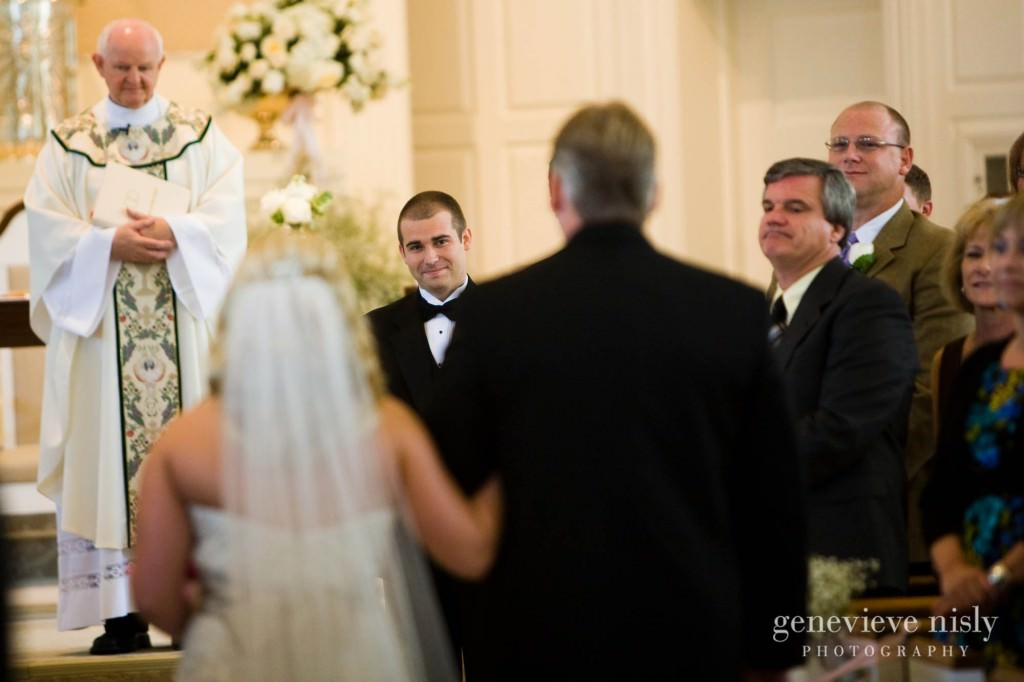 coleman-brianna-014-renaissance-hotel-cleveland-wedding-photographer-genevieve-nisly-photography