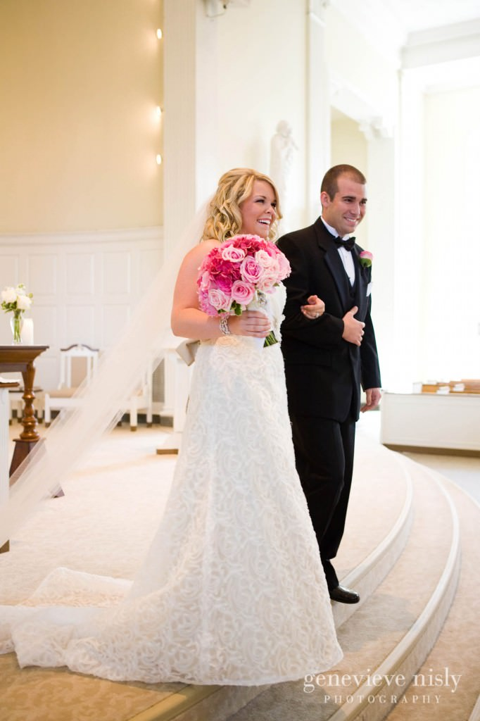 coleman-brianna-021-renaissance-hotel-cleveland-wedding-photographer-genevieve-nisly-photography