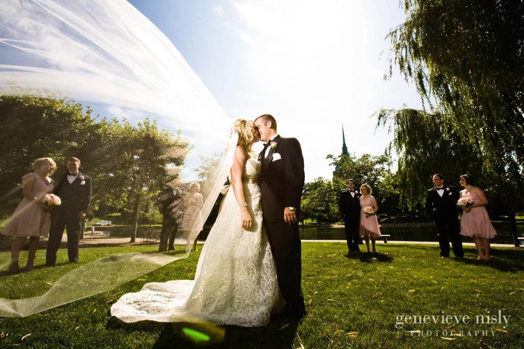 coleman-brianna-026-renaissance-hotel-cleveland-wedding-photographer-genevieve-nisly-photography