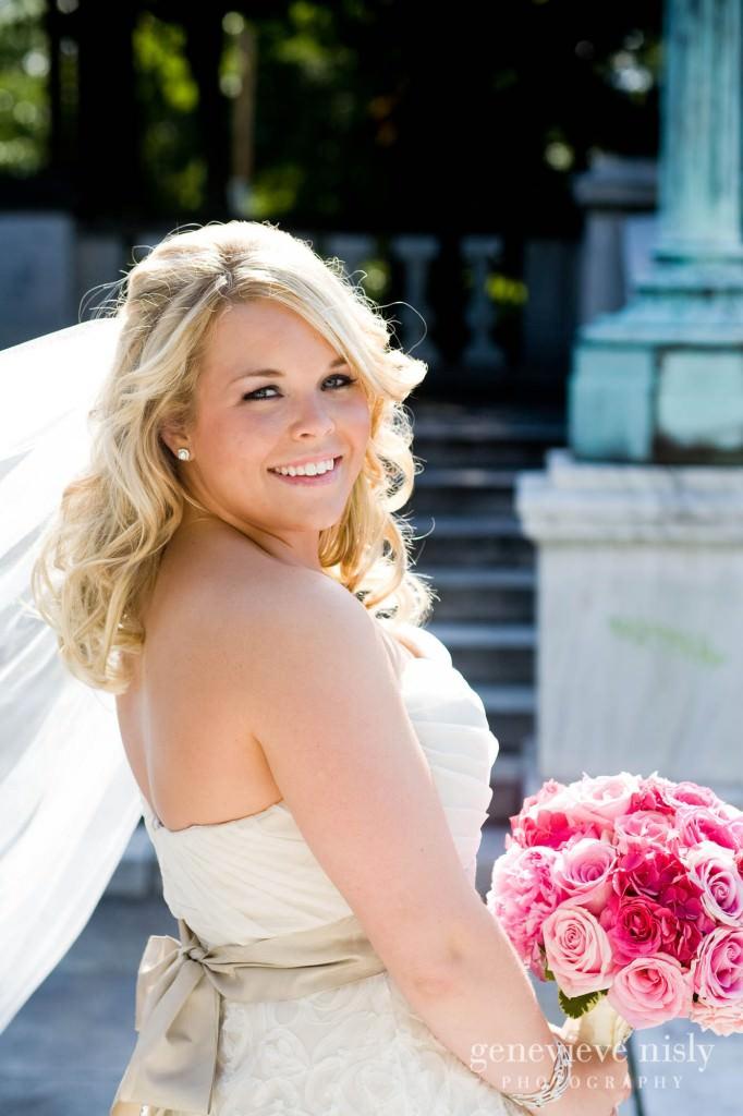 coleman-brianna-028-renaissance-hotel-cleveland-wedding-photographer-genevieve-nisly-photography