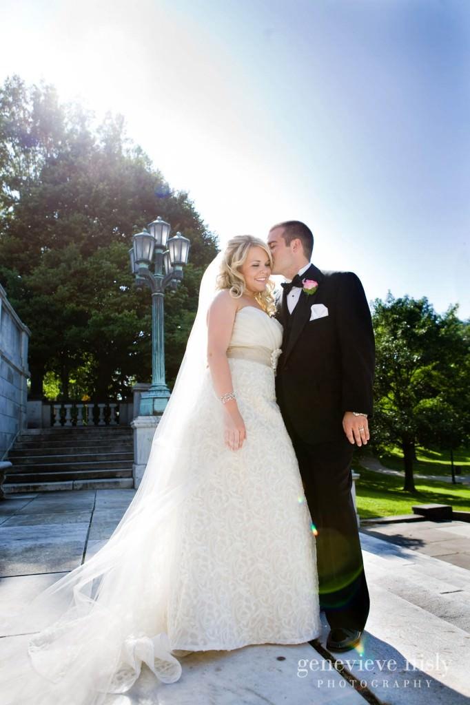 coleman-brianna-033-renaissance-hotel-cleveland-wedding-photographer-genevieve-nisly-photography
