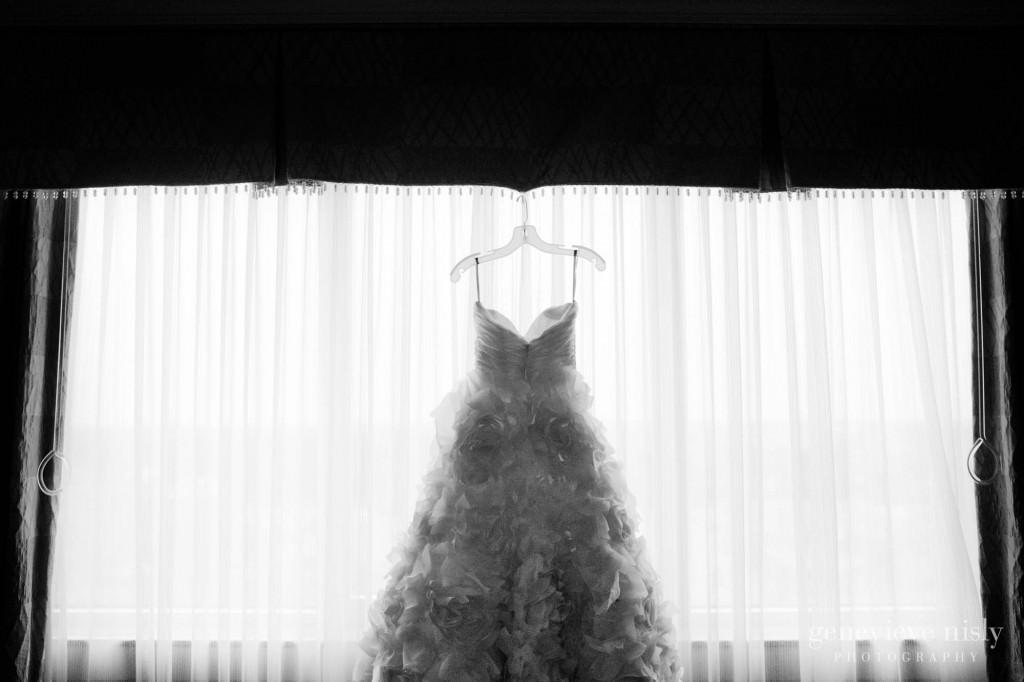 Cleveland, Copyright Genevieve Nisly Photography, Intercontinental Hotel, Ohio, Summer, Wedding