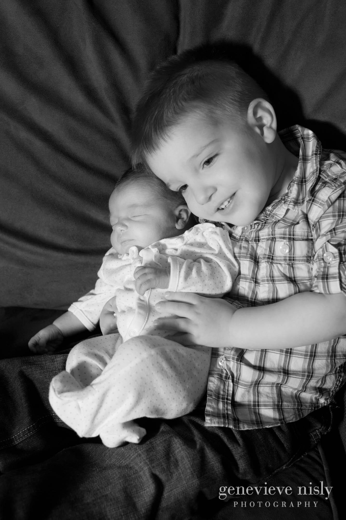 Akron, Copyright Genevieve Nisly Photography, Family, Ohio, Portraits