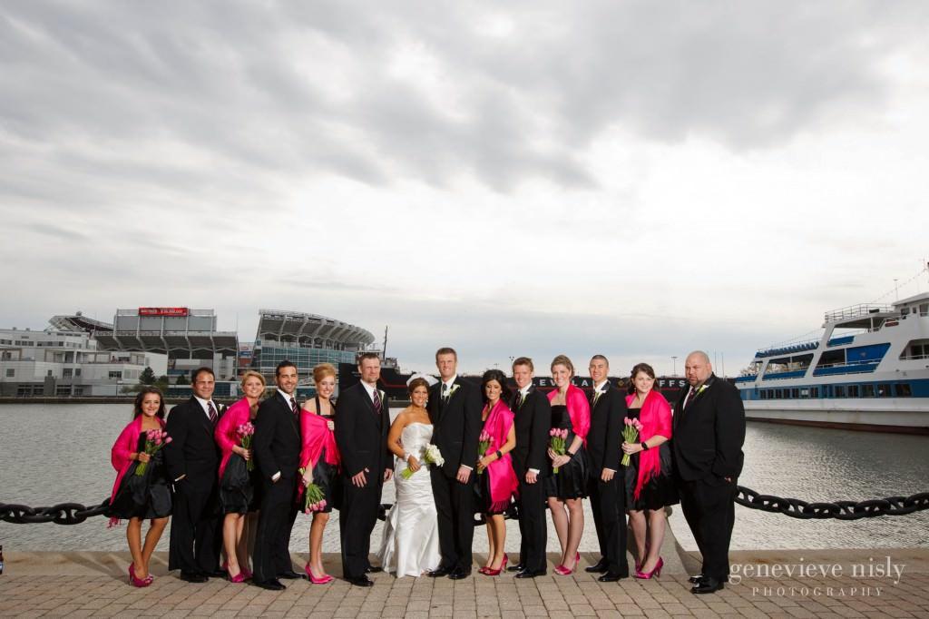Cleveland, Copyright Genevieve Nisly Photography, Ohio, Spring, Voinovich Park, Wedding