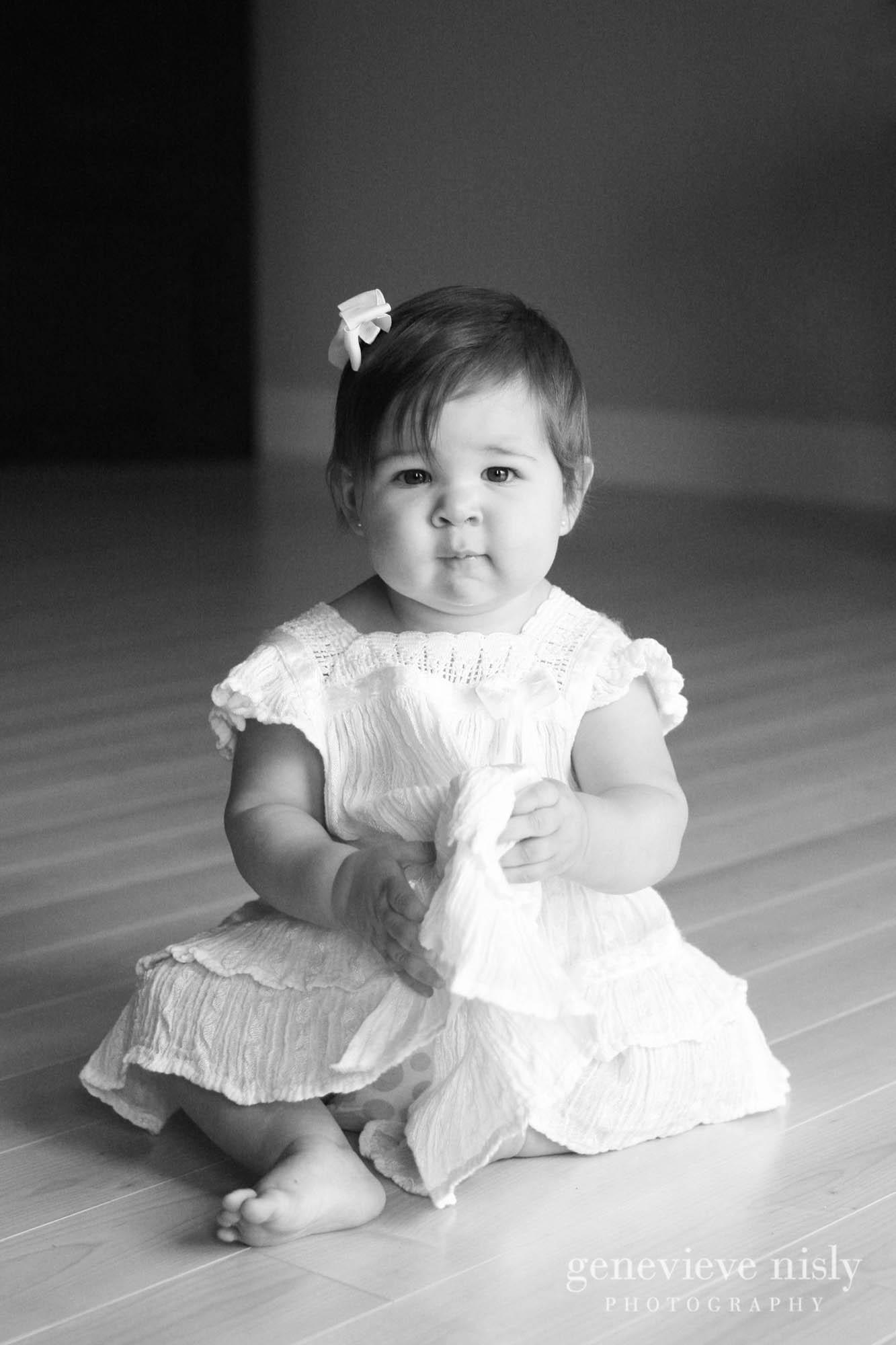Copyright Genevieve Nisly Photography, Family, Green, Kids, Ohio, Portraits