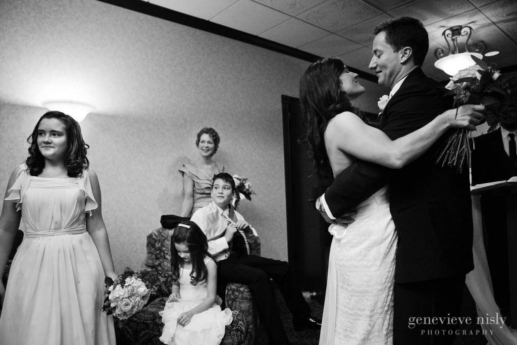 Carlisle Inn, Copyright Genevieve Nisly Photography, Ohio, Sugarcreek, Wedding, Winter