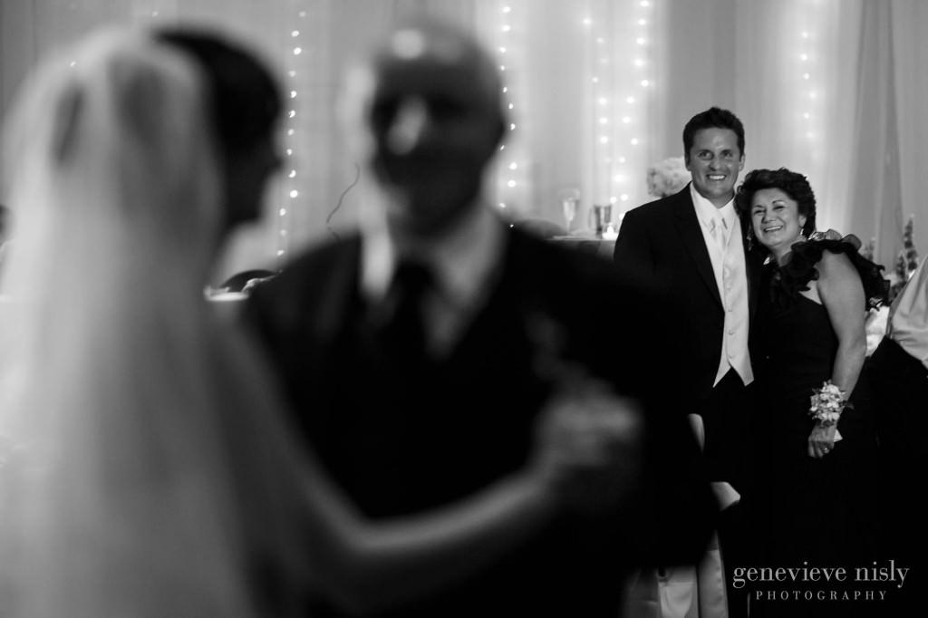 Cleveland, Copyright Genevieve Nisly Photography, Landerhaven, Ohio, Summer, Wedding