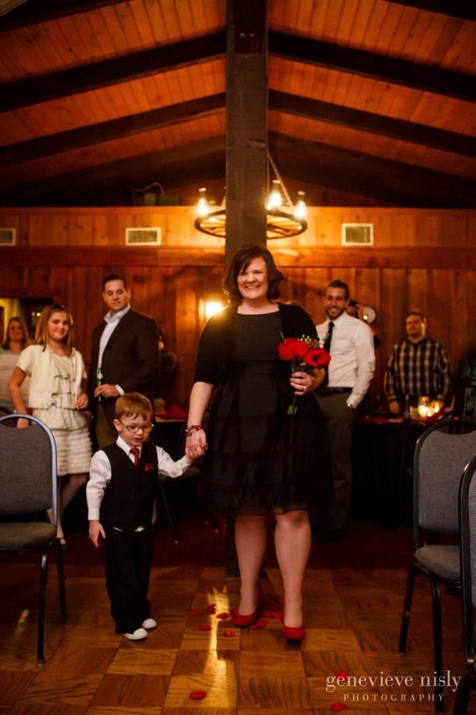 Cleveland, Copyright Genevieve Nisly Photography, Ohio, Patterson Fruit Farm, Wedding, Winter