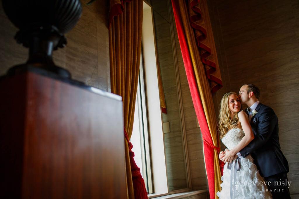 lindsey-jared-003-renaissance-hotel-cleveland-wedding-photographer-genevieve-nisly-photography