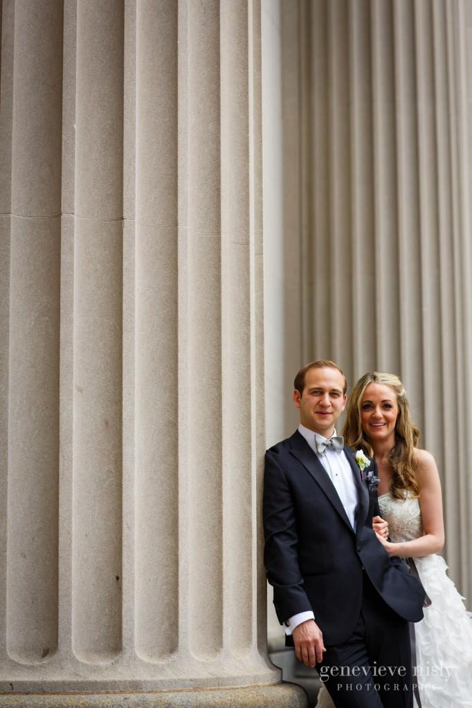 lindsey-jared-006-tower-city-cleveland-wedding-photographer-genevieve-nisly-photography