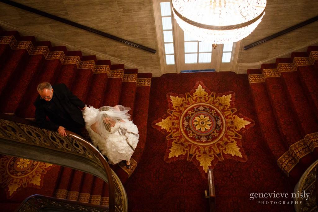 lindsey-jared-008-renaissance-hotel-cleveland-wedding-photographer-genevieve-nisly-photography