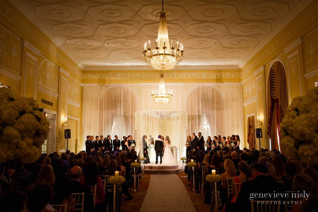 lindsey-jared-009-renaissance-hotel-cleveland-wedding-photographer-genevieve-nisly-photography