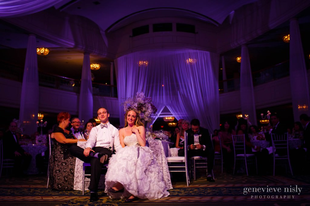 lindsey-jared-012-renaissance-hotel-cleveland-wedding-photographer-genevieve-nisly-photography