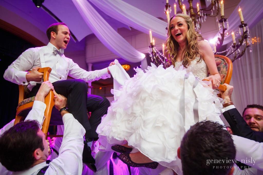 lindsey-jared-013-renaissance-hotel-cleveland-wedding-photographer-genevieve-nisly-photography