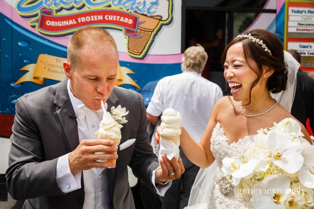 Sharon-Brian-017-Union-Club-cleveland-wedding-photographer-genevievve-nisly-photography