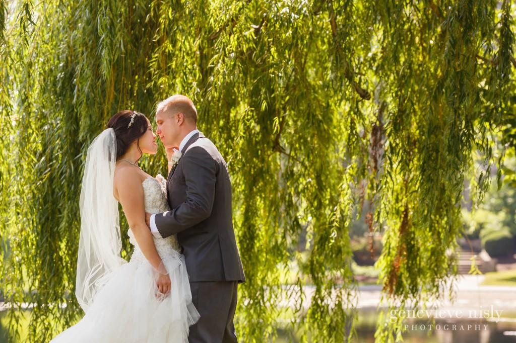 Sharon-Brian-021-Union-Club-cleveland-wedding-photographer-genevievve-nisly-photography