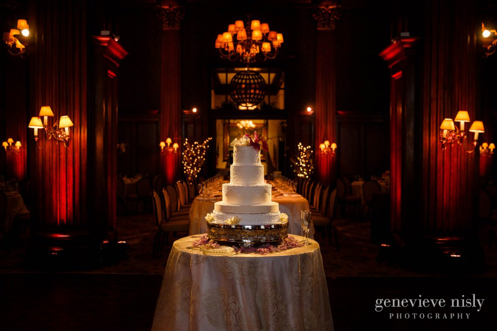 Sharon-Brian-035-Union-Club-cleveland-wedding-photographer-genevievve-nisly-photography