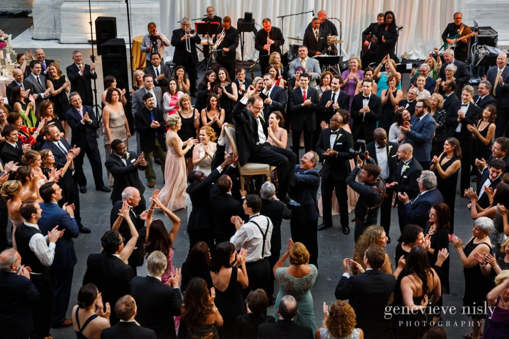 steven-beth-041-museum-of-art-cleveland-wedding-photographer-genevieve-nisly-photography