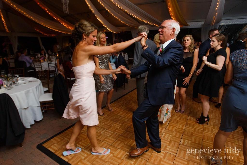 Copyright Genevieve Nisly Photography, Shoreby Club, Wedding