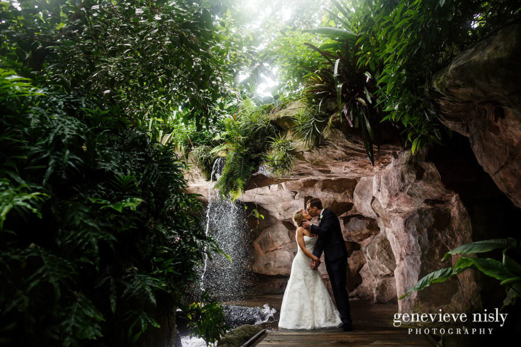 Cleveland Botanical Gardens Wedding Carlton Kim Genevieve Nisly