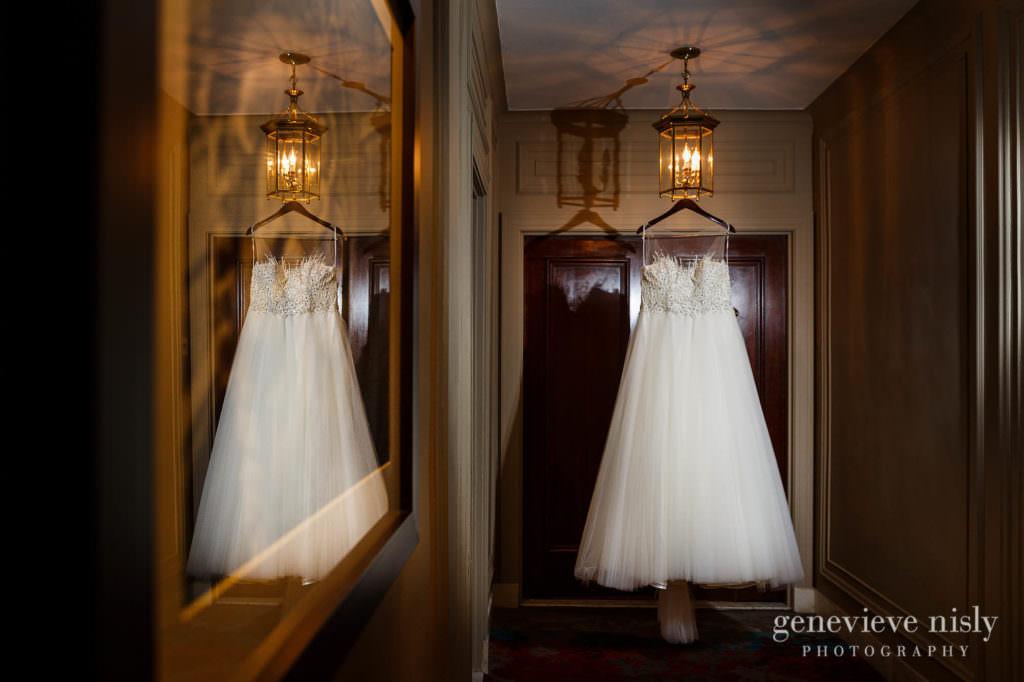 Alyssa-Brian-002-renaissance-hotel-cleveland-wedding-photographer-genevieve-nisly-photography
