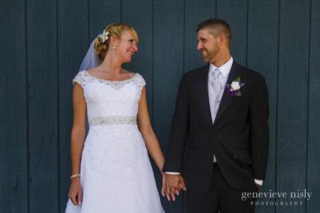 eric-emily-edgewater-golf-course-canton-wedding-photographer-genevieve-nisly-photography-0029