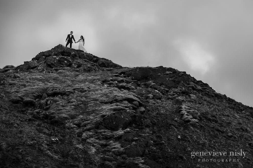 kathy-david-021-iceland-reykjanesfolkvangur-destination-wedding-photographer-genevieve-nisly-photography