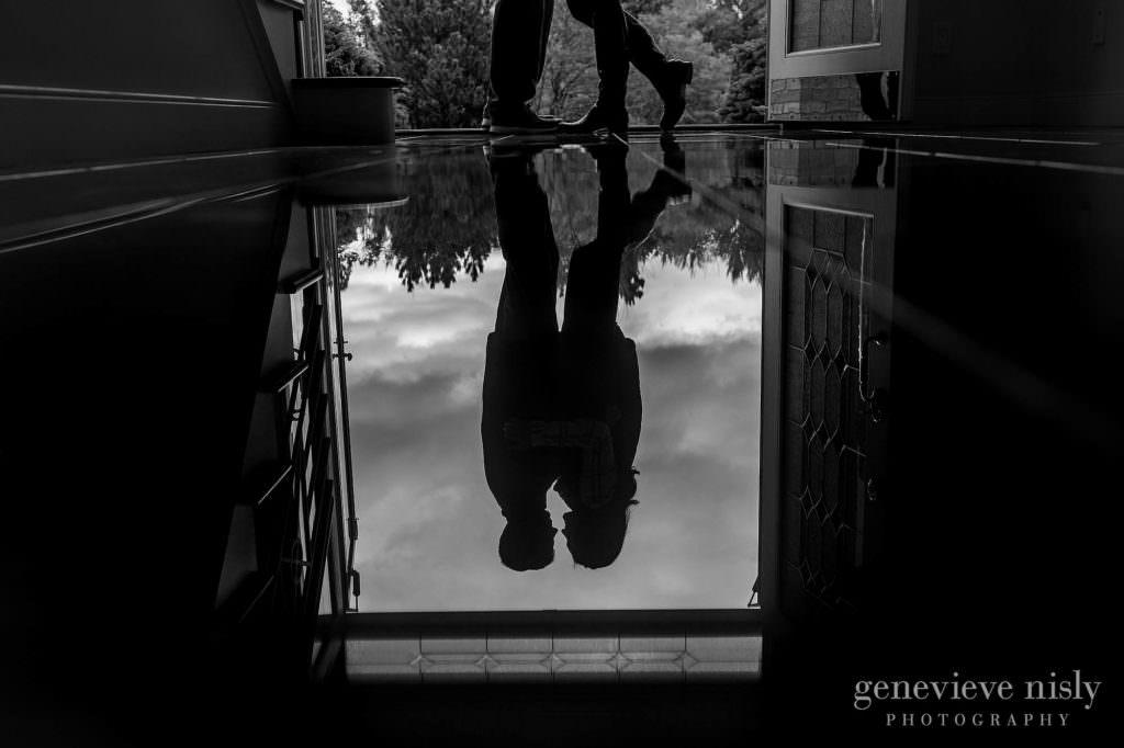 gabby-jordan-001-engagement-session-cleveland-wedding-photographer-genevieve-nisly-photography