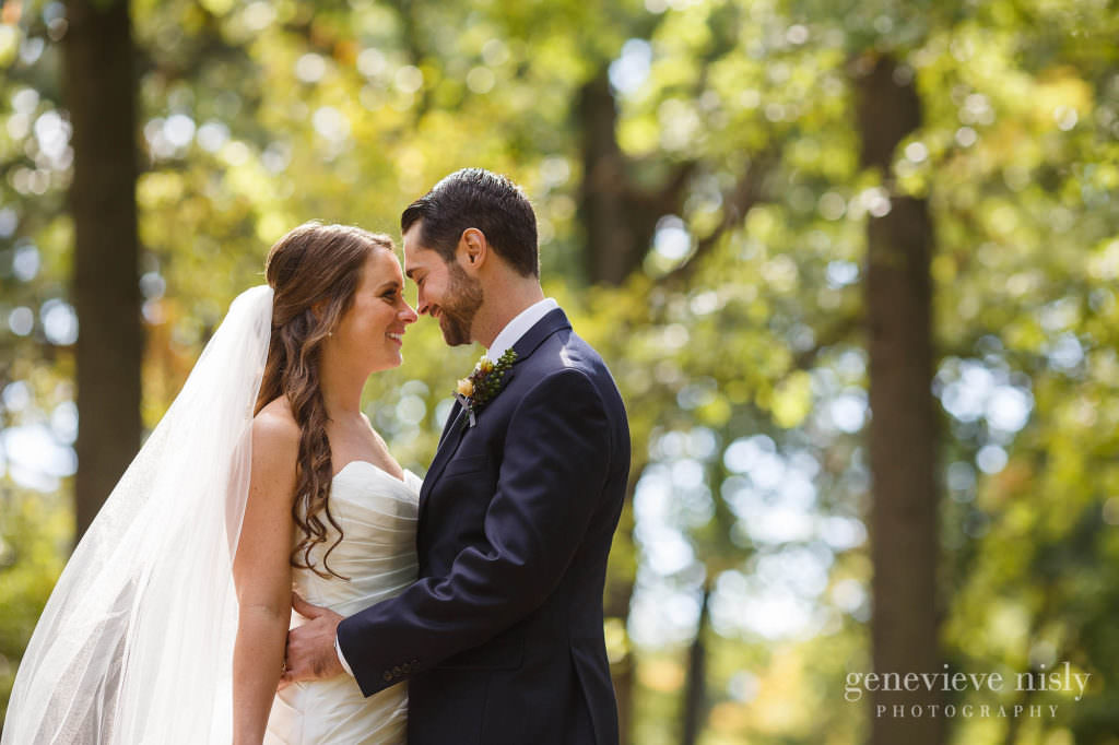 lauren-craig-026-shaker-lakes-cleveland-wedding-photographer-genevieve-nisly-photography