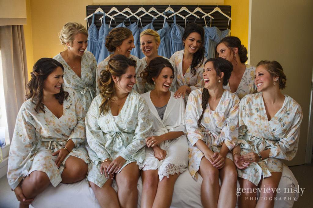 Copyright Genevieve Nisly Photography, Wedding, Summer, Ohio, Cleveland, Hyatt Arcade