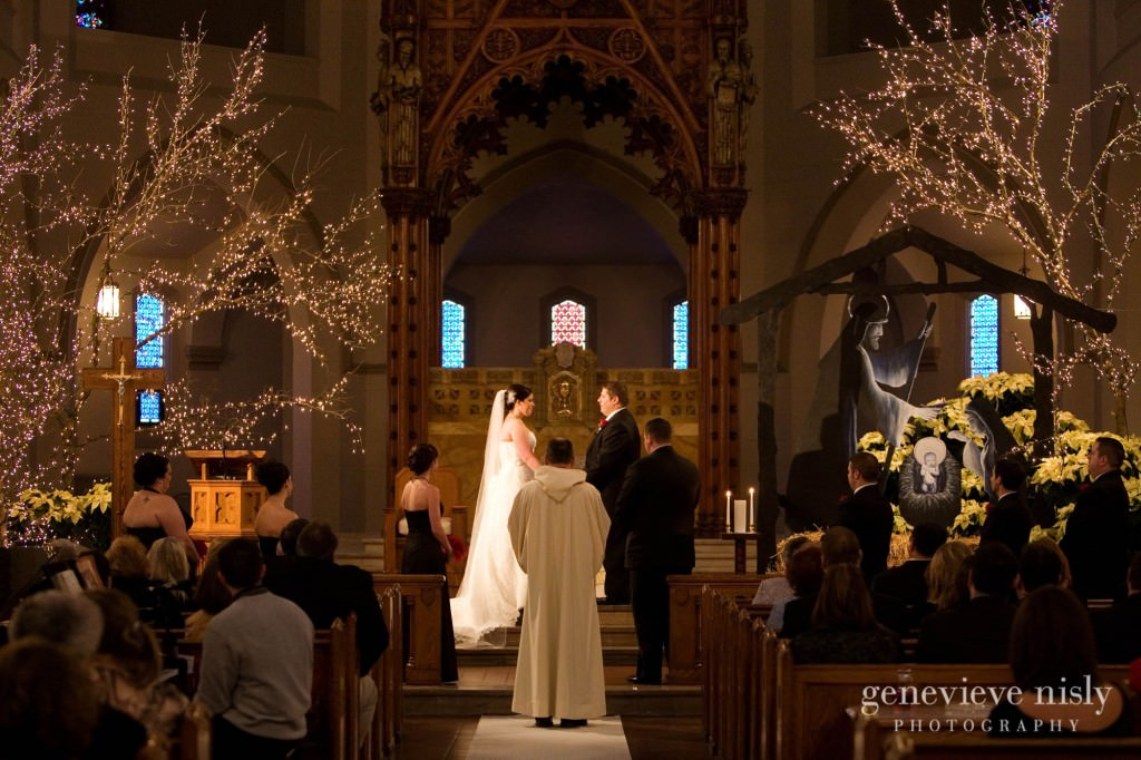 Copyright Genevieve Nisly Photography, Ohio, Powers Auditorium, Wedding, Winter, Youngstown