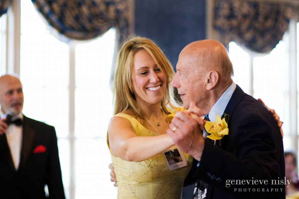 luntz-anniv-026-oakwood-country-club-cleveland-wedding-photographer-genevieve-nisly-photography