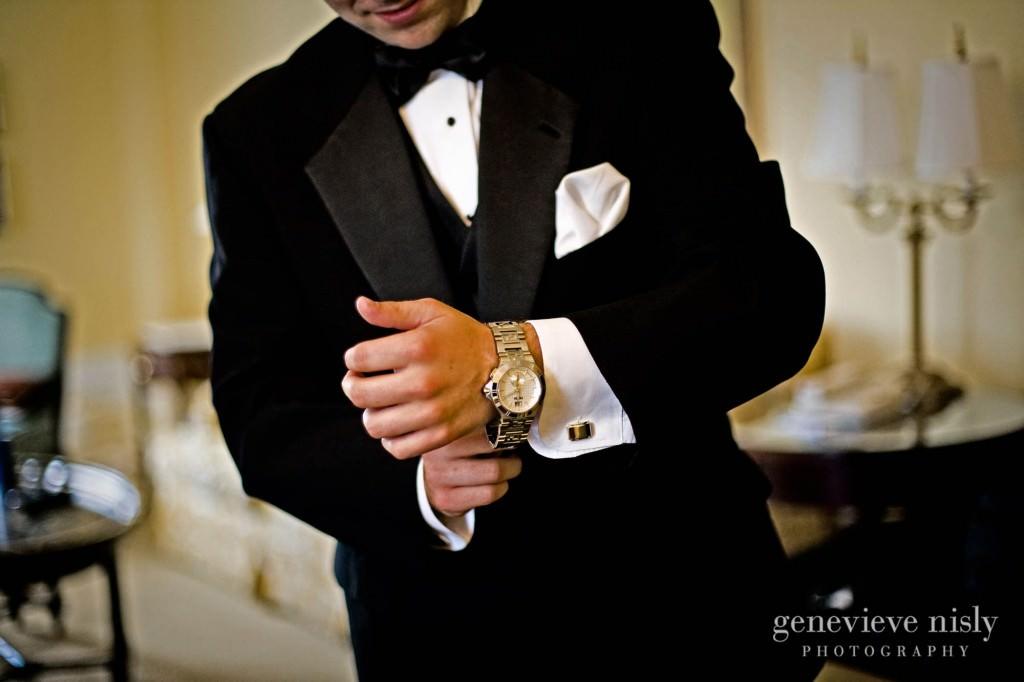 coleman-brianna-003-renaissance-hotel-cleveland-wedding-photographer-genevieve-nisly-photography