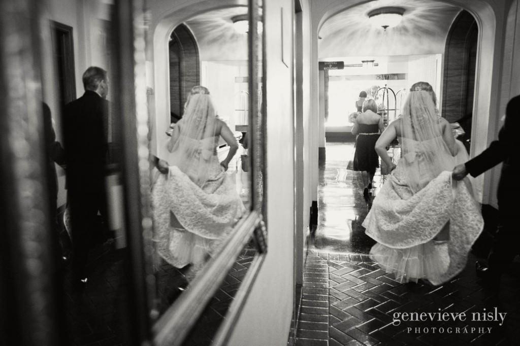 coleman-brianna-010-renaissance-hotel-cleveland-wedding-photographer-genevieve-nisly-photography