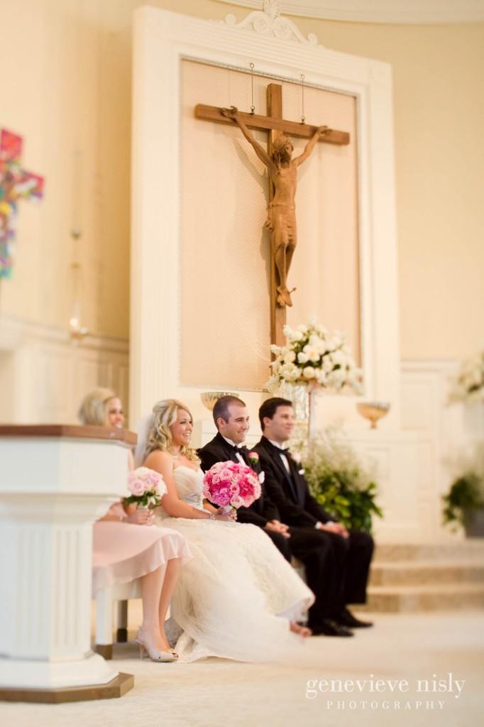 coleman-brianna-015-renaissance-hotel-cleveland-wedding-photographer-genevieve-nisly-photography