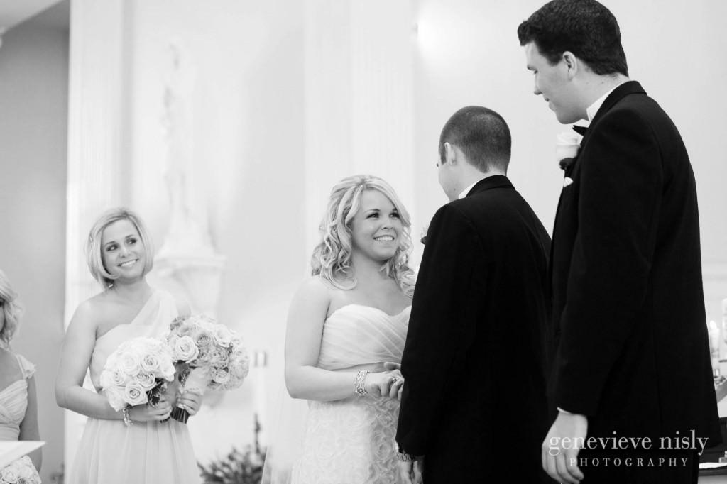 coleman-brianna-016-renaissance-hotel-cleveland-wedding-photographer-genevieve-nisly-photography