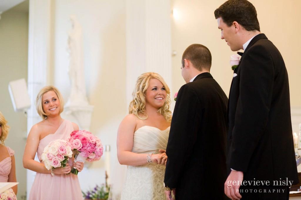 coleman-brianna-017-renaissance-hotel-cleveland-wedding-photographer-genevieve-nisly-photography