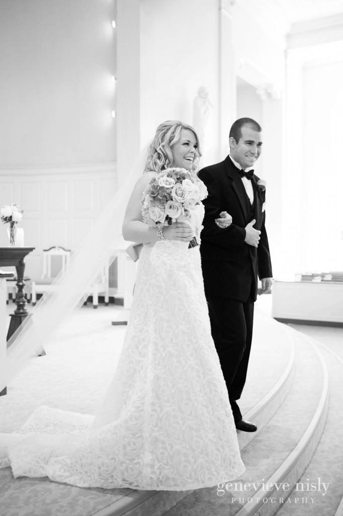coleman-brianna-020-renaissance-hotel-cleveland-wedding-photographer-genevieve-nisly-photography