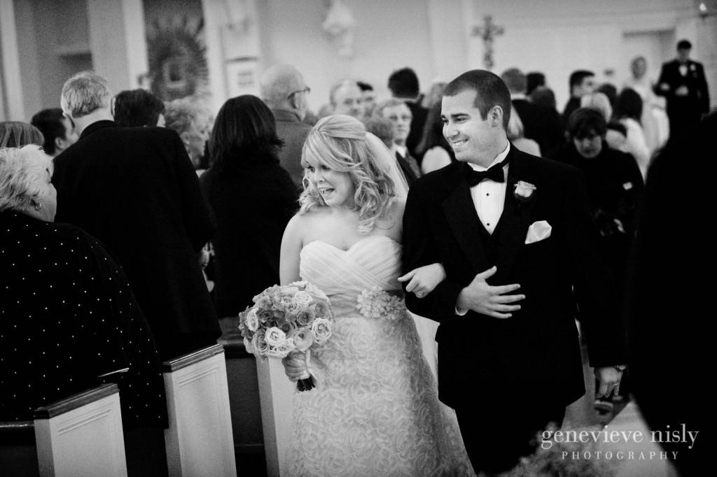 coleman-brianna-022-renaissance-hotel-cleveland-wedding-photographer-genevieve-nisly-photography