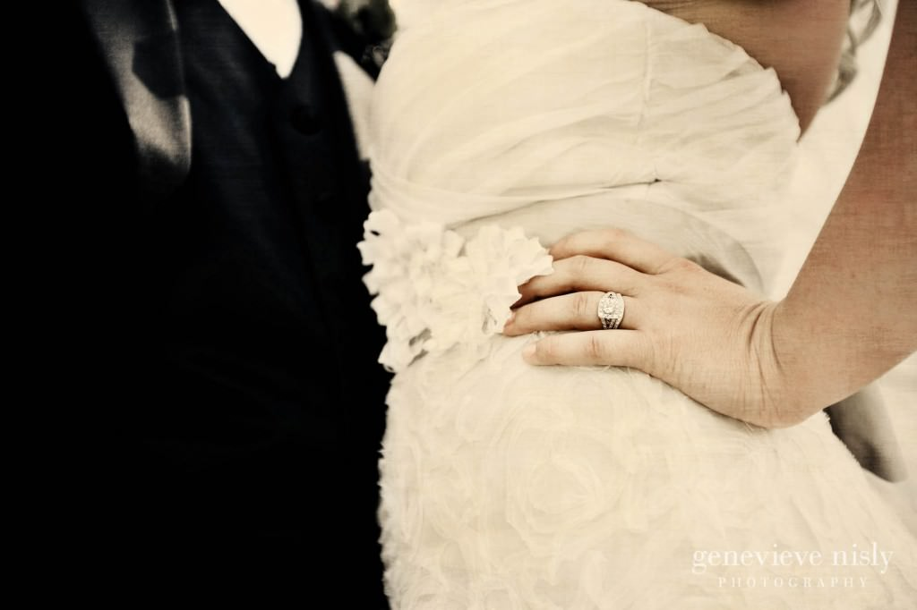 coleman-brianna-030-renaissance-hotel-cleveland-wedding-photographer-genevieve-nisly-photography