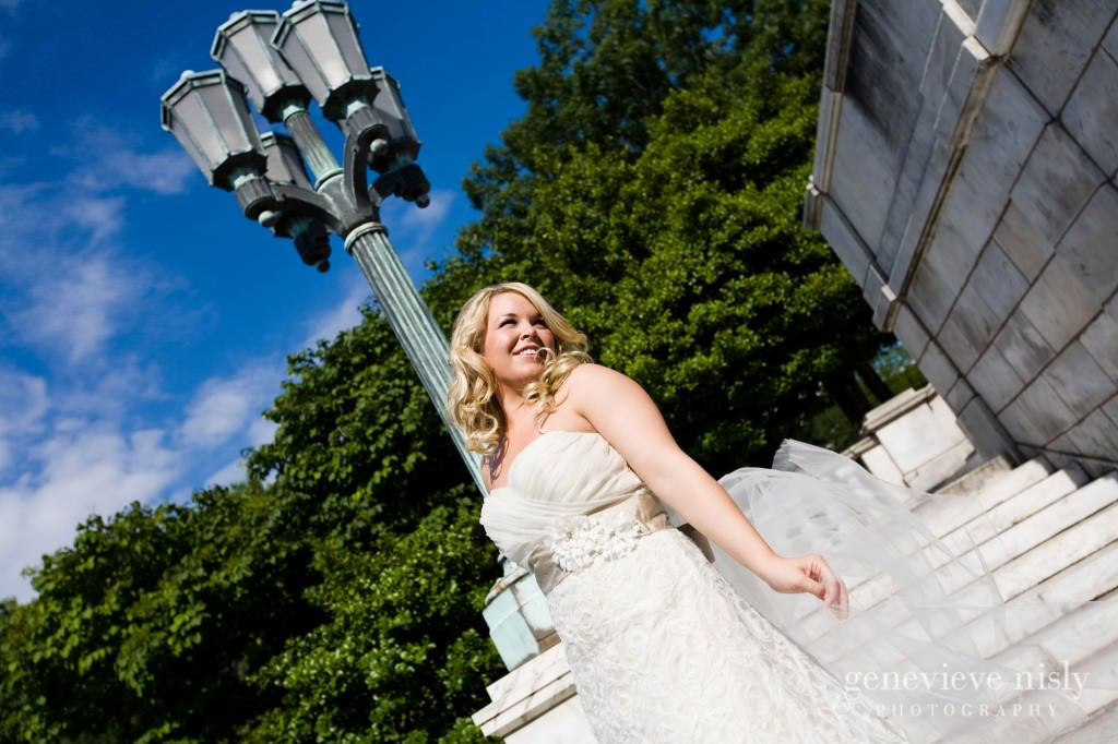 coleman-brianna-031-renaissance-hotel-cleveland-wedding-photographer-genevieve-nisly-photography