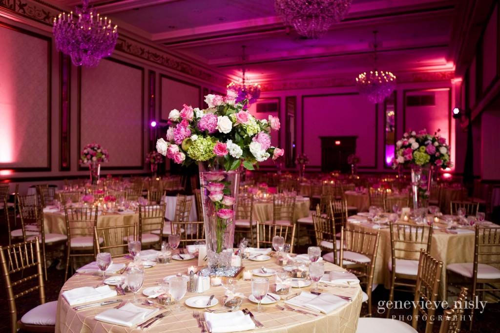 coleman-brianna-036-renaissance-hotel-cleveland-wedding-photographer-genevieve-nisly-photography