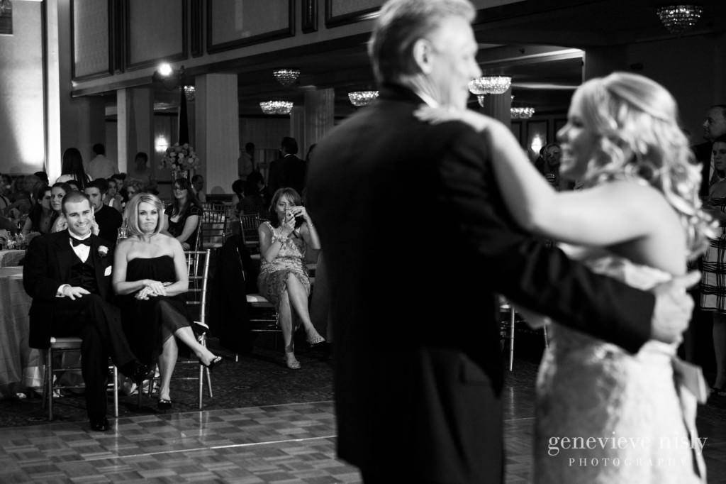 coleman-brianna-043-renaissance-hotel-cleveland-wedding-photographer-genevieve-nisly-photography