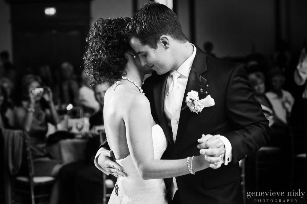 Cleveland, Copyright Genevieve Nisly Photography, Fall, Ohio, Renaissance Hotel, Wedding