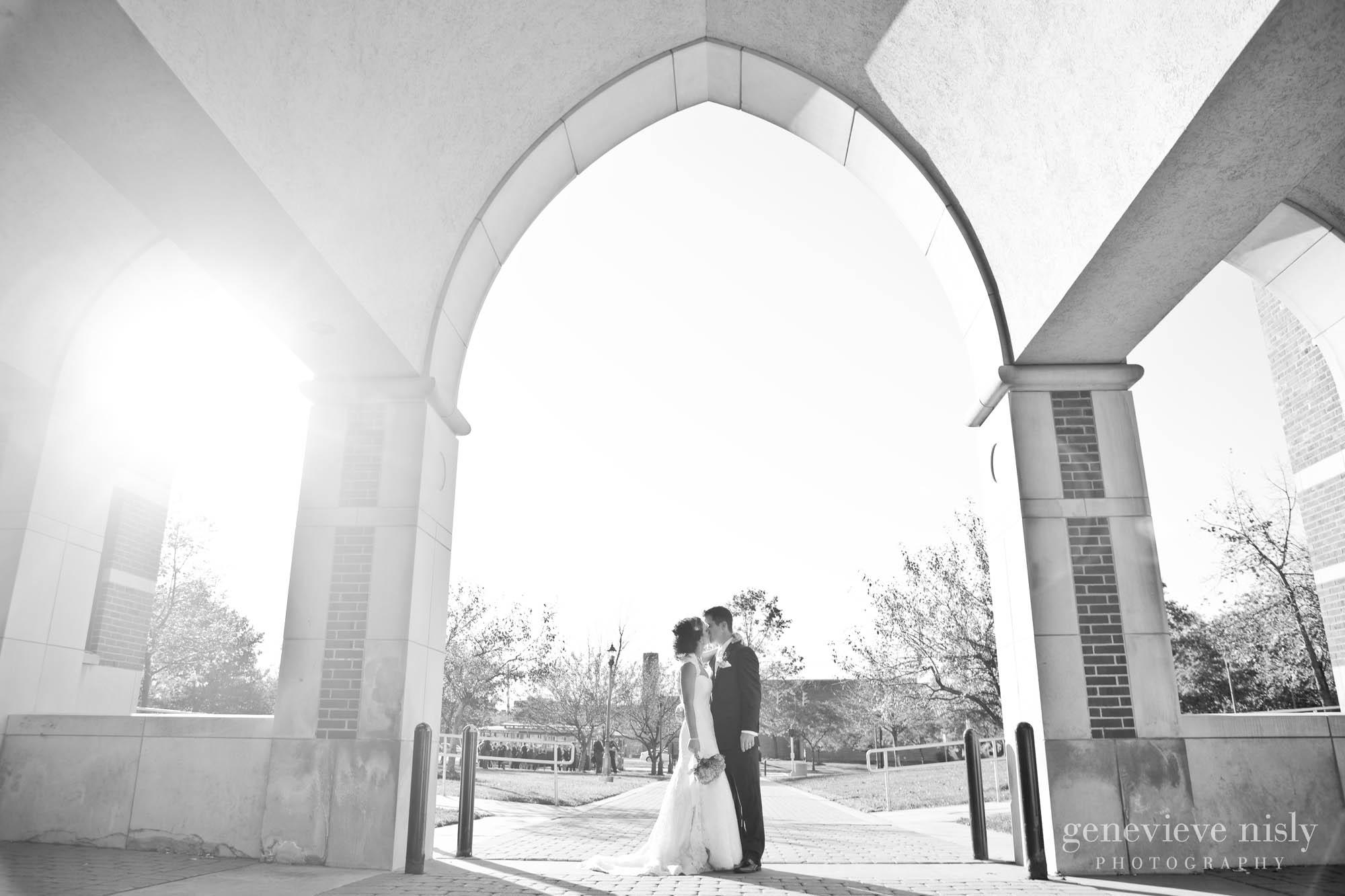 Brian & Erin - Cleveland Wedding Photographers - Genevieve Nisly ...