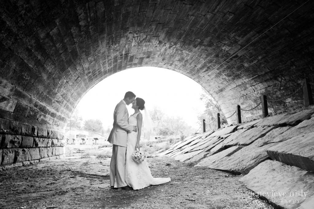Copyright Genevieve Nisly Photography, Kent, Ohio, Spring, Wedding