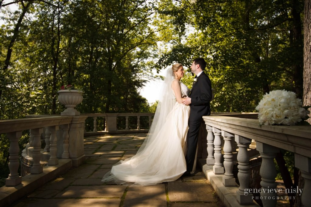 Akron, Copyright Genevieve Nisly Photography, Ohio, Spring, Stan Hywet, Wedding