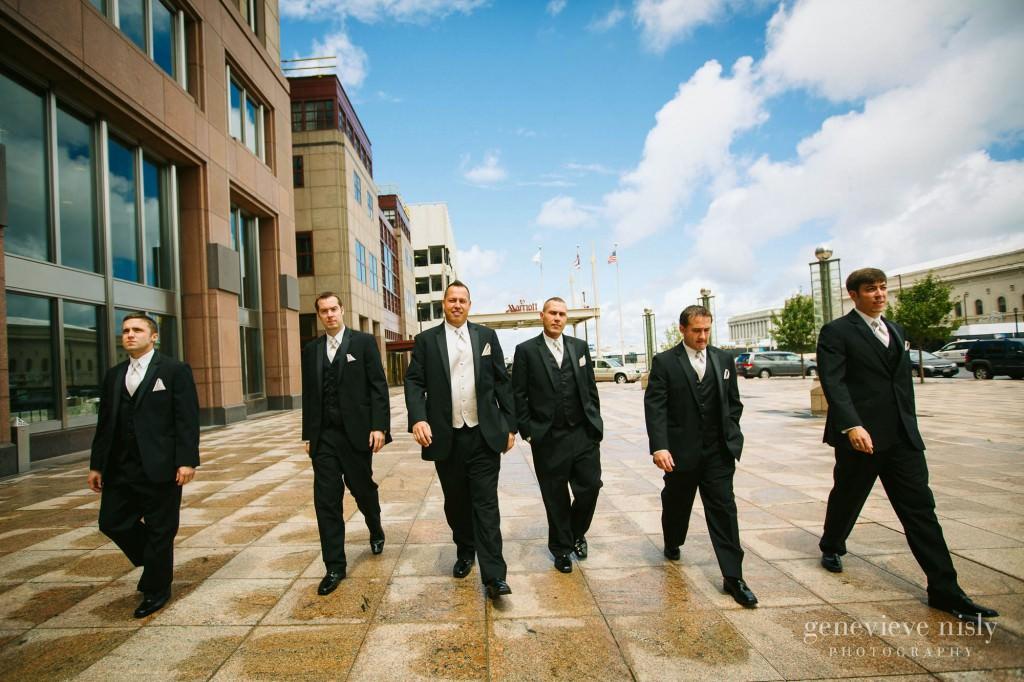 Cleveland, Club at Key Center, Copyright Genevieve Nisly Photography, Marriott Key Center, Summer, Wedding